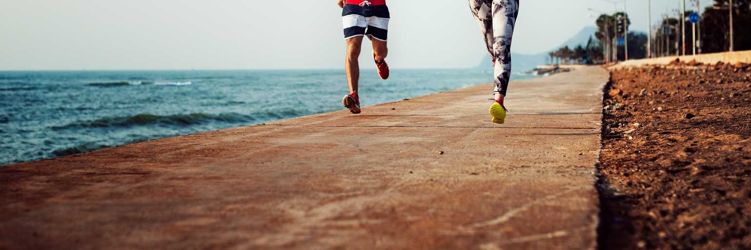 running-exercise-training-healthy-lifestyle-beach